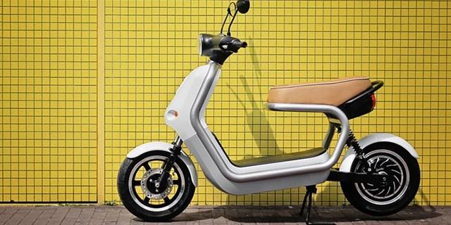 06-q-scooter-qwic-smool-640x320