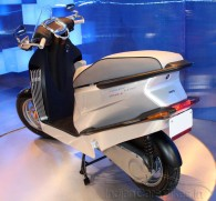 Hero-MotoCorp-Leap-Series-Hybrid-Concept-Scooter-2